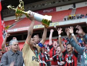 Atlético-PR é campeão do estadual Sub-20 sobre o Londrina (Foto: Gustavo Oliveira/Site Oficial do CAP)