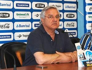 Paulo Odone durante coletiva do Grêmio (Foto: Divulgação / Site Oficial do Grêmio)