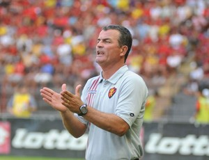 Mazola, técnico do Sport (Foto: Antônio Carneiro)