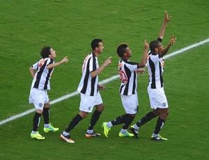 Jogadores do Atlético-MG comemoram gol (Foto: Marcos Ribolli / Globoesporte.com)