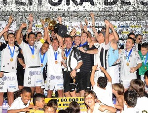 Santos é campeão da Liga Futsal 2011 (Foto: Ivan Storti/Santos FC)