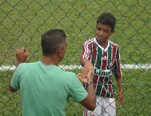 Neném e o filho Caio, na época em que ele ainda jogava pelo Fluminense (Foto: Arquivo Pessoal)