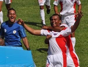 Samoa Americana, comemoração pela primeira vitória (Foto: FFAS / Divulgação)