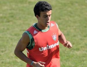 Matheus Carvalho no treino do Fluminense (Foto: Agência Photocâmera)