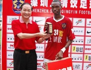 Angolano Johnson, ex-Lusa, foi destaque pelo campeonato chinês (Foto: Divulgação)