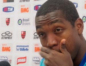 Renato Abreu em coletiva no Flamengo (Foto: Janir Junior/Globoesporte.com)