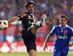 Juninho Pernambucano, Universidad de Chile x Vasco (Foto: AFP)