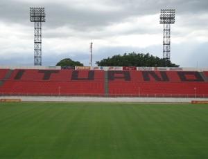 Arquibancada do estádio Novelli Júnior, do Ituano (Foto: Rafaela Gonçalves)