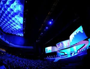 palco do sorteio da Euro 2012 na Polônia e Ucrânia (Foto: AFP)