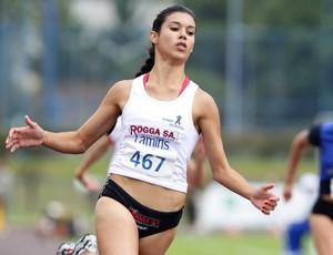 Tamiris de Liz, Colégio da Univille (SC), atletismo nas Olimpíadas Escolares em Curitiba (PR) (Foto: Wagner Carmo / Inovafoto)