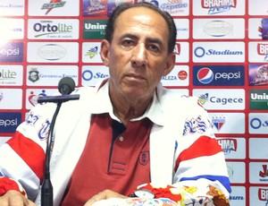 Nedo Xavier, técnico do Fortaleza, em coletiva de imprensa (Foto: Diego Morais/Globoesporte.com)