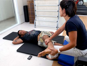 ufc minotauro fisioterapia (Foto: Alexandre Durão / Globoesporte.com)