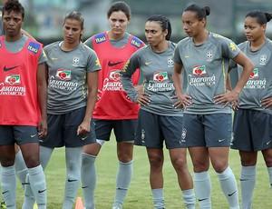 marta rosana brasil seleção brasileira feminina treino (Foto: Pedro Ernesto / Divulgação CBF)