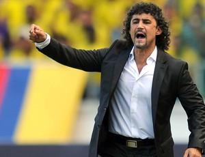 Leonel Alvarez, técnico do Colômbia demitido (Foto: AFP)