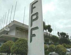 Fachada da Federação Paranaense de Futebol (Foto: Divulgação/FPF)