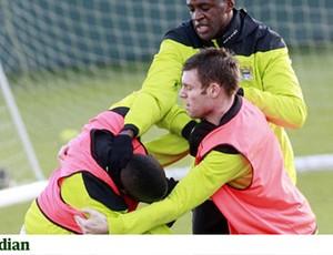 Mario Balotelli e Micah Richards, Manchester City (Foto: Reprodução)