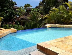 Hotel em Flecheiras, no litoral oeste do Ceará, oferece suítes luxuosas para os hóspedes (Foto: Diego Morais / Globoesporte.com)