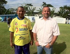 Técnico Darlan Barroso ao lado de Zé Luiz, antes do treino (Foto: Adeilson Albuquerque)