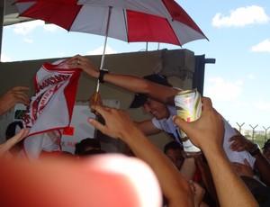 Dagoberto chegada (Foto: Tomás Hammes/GLOBOESPORTE.COM)