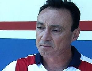 Roberto Fonseca, técnico do Itumbiara (Foto: Reprodução/TV Anhanguera)