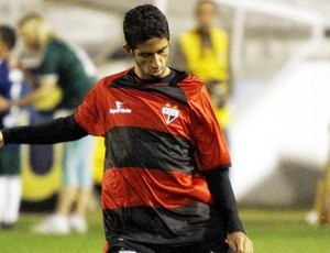 thiago feltri atlético-go (Foto: Marcos Bezerra/Futura Press)