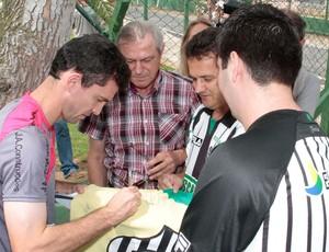 Fernandes Figueirense (Foto: Divulgação / Carlos Amorim)