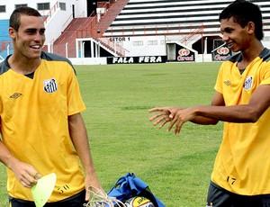 Pedro Castro e Leandrinho no treino do Santos (Foto: Bruno Cantini / Site Oficial do Atlético-MG)