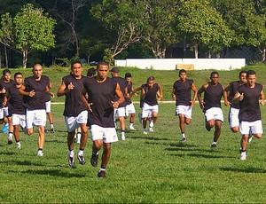 Galo treina na UFAM (Foto: Frank Cunha /GLOBOESPORTE.COM)