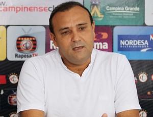 Presidente afirmou que o atraso vai comprometer as finanças do clube (Foto: Magnus Menezes/ Jornal da Paraíba)