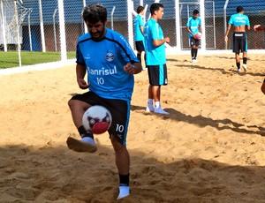 douglas grêmio treino (Foto: Eduardo cecconi / Globoesporte.com)