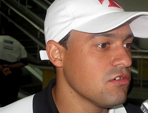 Eder Luis Desembarque Vasco (Foto: Fred Huber / Globoesporte.com)