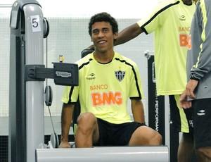 Marcos Rocha no treino do Atlético-MG (Foto: Ana Paula Moreira / Globoesporte.com)