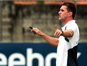 Vagner Mancini no treino do Cruzeiro (Foto: Washington Alves / VIPCOMM)
