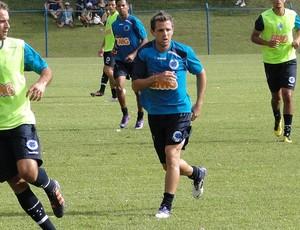 montillo treino Cruzeiro (Foto: Marco Antônio Astoni/Globoesporte.com)