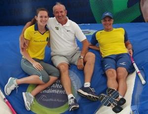 Fabiana Murer, Petrov e Elson: treinos em Portugal (Foto: Divulgação)