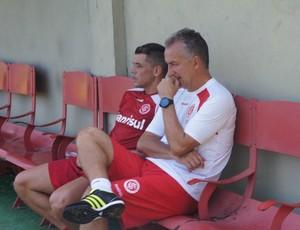 D'alessandro treina depois da lesão (Foto: Diego Guichard/Globoesporte.com)