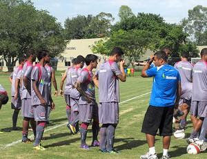 novo uniforme treino vasco (Foto: Thiago Fernandes / Globoesporte.com)
