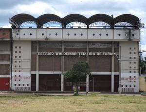 Estádio Waldemar Texeira de Faria (Foto: Cleber Corrêa)