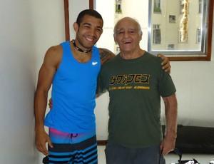 José Aldo e o mestre Roberto Leitão (Foto: Ana Hissa/SporTV.com)