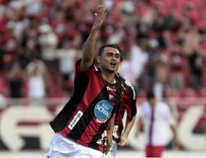 Otacílio Neto comemora gol do Ituano contra o Guará (Foto: Divulgação/ Ituano)