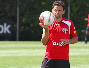 Juan no treino do São Paulo (Foto: Luiz Pires / VIPCOMM)