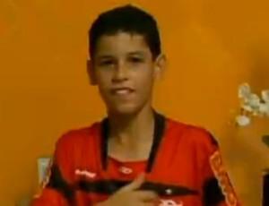 Pablo Sampaio, menino do time infantil do Flamengo (Foto: Reprodução SporTV)
