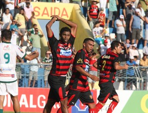 Icasa x Guarani de Juazeiro pelo Campeonato Ceará 2012 5 (Foto: Normando Sóracles/ Ag. Miséria de Comunicação)