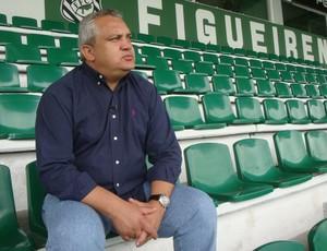 branco figueirense (Foto: Jefferson Rodrigues / Globoesporte.com)