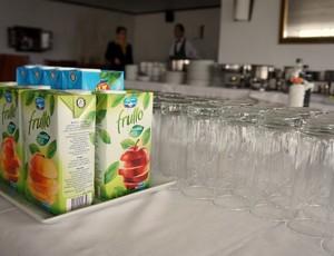 Almoço Inter Manizales (Foto: Diego Guichard / GLOBOESPORTE.COM)