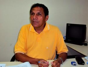 Miguel Carrate diretor do Centro de Convivência da Família Magdalena Arce Daou (Foto: Adeilson Albuquerque/Globoesporte.com)