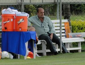 Valdir Barbosa, gerente de futebol do Cruzeiro (Foto: Leonardo Simonini/Globoesporte.com)