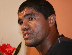 Dagil, jogador, primo do Fábio Júnior  (Foto: Felipe Martins/GLOBOESPORTE.COM)