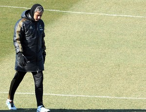 José Mourinho no treino do Real Madrid (Foto: AFP)