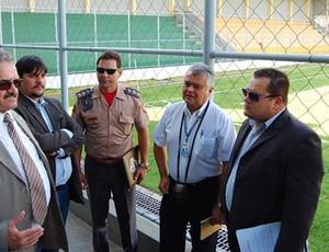 Após vistoria na Graça, Ministério Público libera estádio (Foto: Renata Vasconcellos)